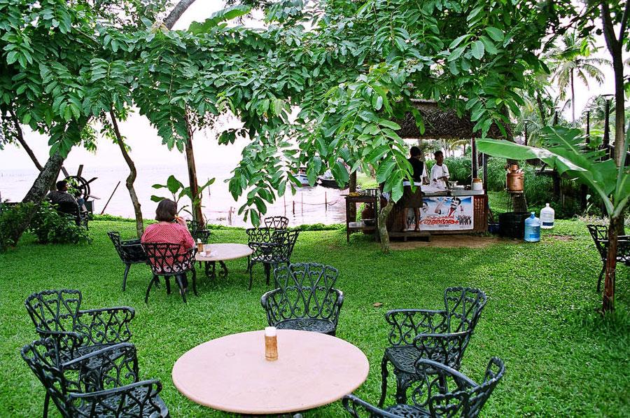 Thattukada, Traditional Tea Shop