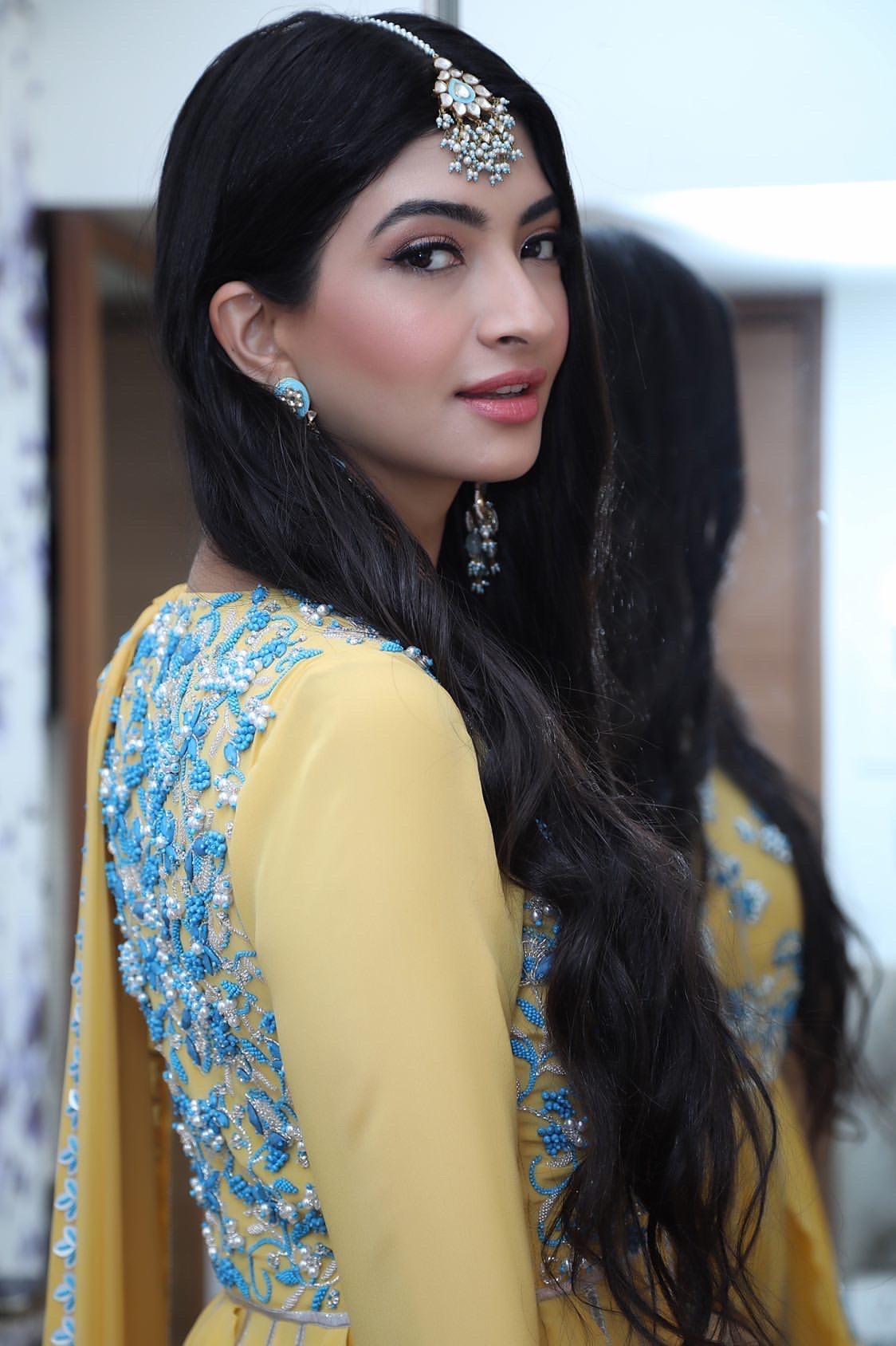 Hanna & Shahrukh