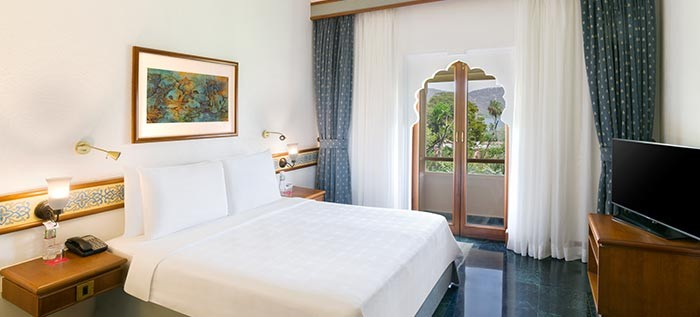 Deluxe Lake View Rooms