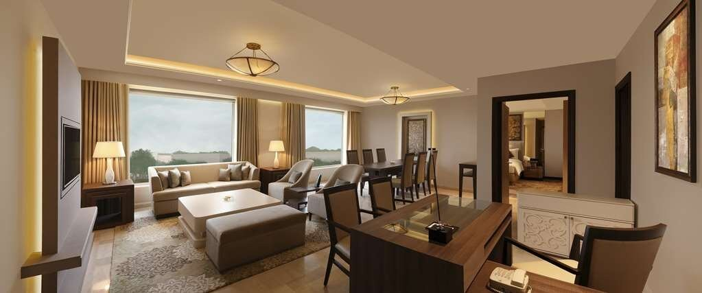 THE ASTOR SUITE