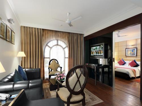 Sylverton Suite